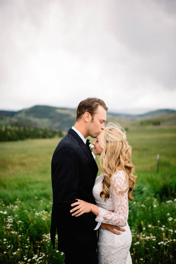 Elegant-Rustic-Wedding-at-Strawberry-Creek-Ranch-Danny-K-Photography-0030