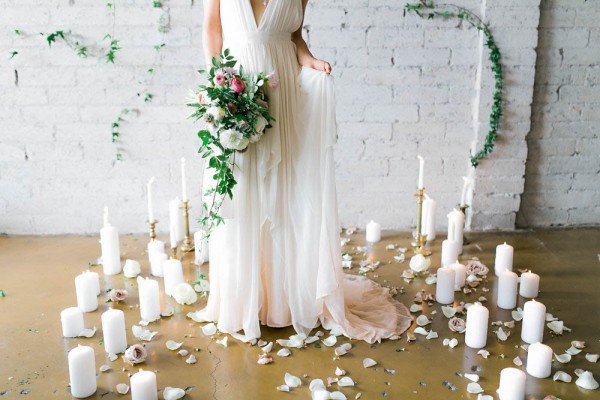 Goddess-Inspired-Bridal-Shoot-in-Cleo-and-Clementine-Ashley-Rae-Photography-33