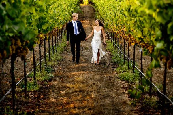 Intimate-California-Wedding-at-Vine-Hill-House-Chrisman-Studios--10