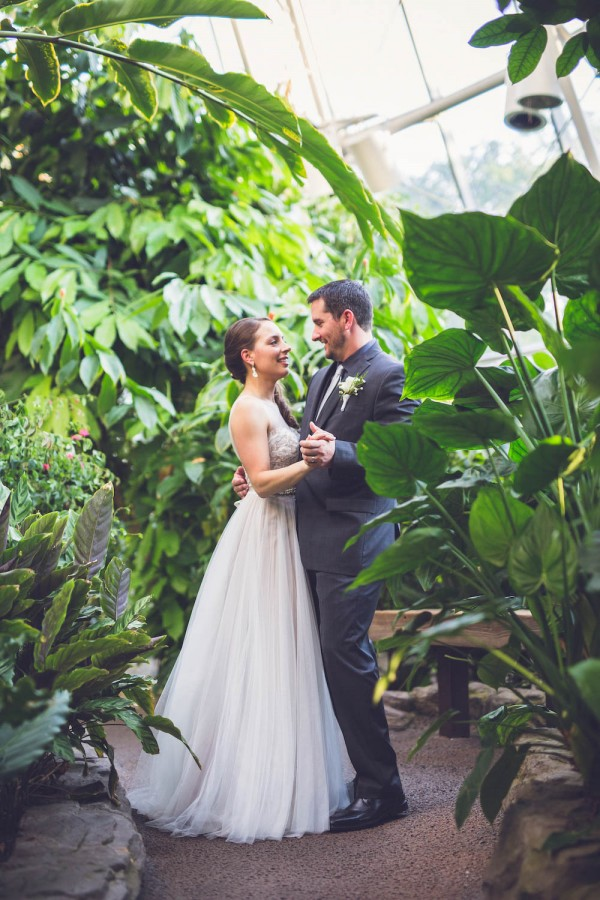 Intimate-Houston-Museum-of-Natural-Science-Wedding-Ama-Photography-and-Cinema-046