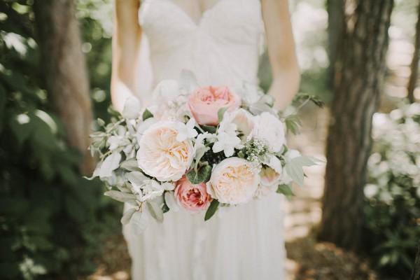 Modern-Organic-Wedding-at-Ann-Arbor-Distilling-Co-Justine-Montigny-016