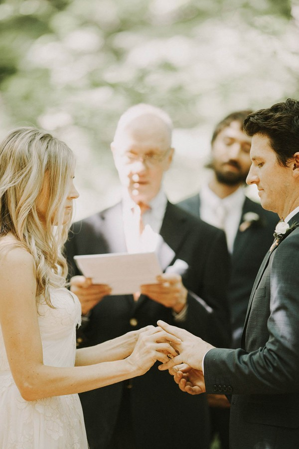 Modern-Organic-Wedding-at-Ann-Arbor-Distilling-Co-Justine-Montigny-033
