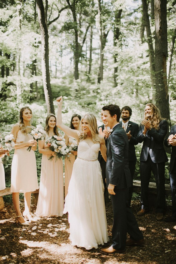 Modern-Organic-Wedding-at-Ann-Arbor-Distilling-Co-Justine-Montigny-035