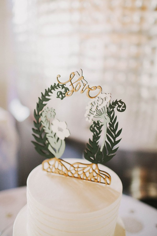 Modern-Organic-Wedding-at-Ann-Arbor-Distilling-Co-Justine-Montigny-080
