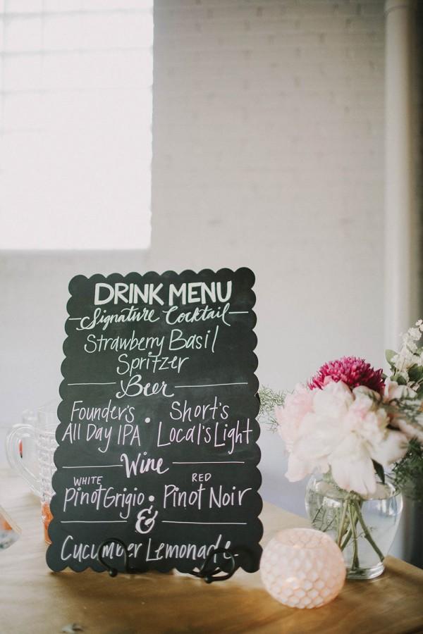 Modern-Organic-Wedding-at-Ann-Arbor-Distilling-Co-Justine-Montigny-089