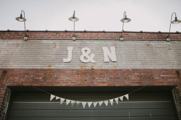 Modern-Organic-Wedding-at-Ann-Arbor-Distilling-Co-Justine-Montigny-095