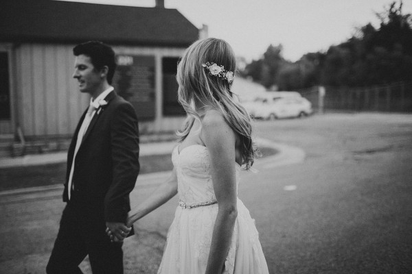 Modern-Organic-Wedding-at-Ann-Arbor-Distilling-Co-Justine-Montigny-103