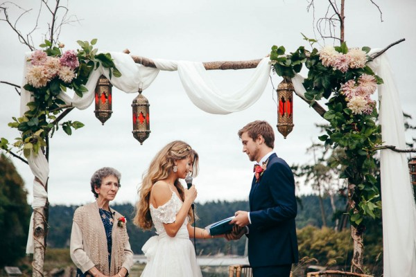 Multicultural-Inspired-Wedding-at-The-Captain-Whidbey-Inn-Julia-Kinnunen-Photography-0587