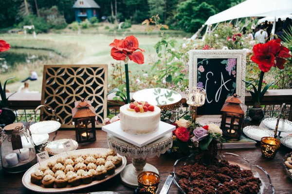 Multicultural-Inspired-Wedding-at-The-Captain-Whidbey-Inn-Julia-Kinnunen-Photography-0953