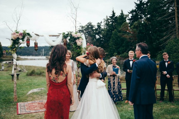 Multicultural-Inspired-Wedding-at-The-Captain-Whidbey-Inn-Julia-Kinnunen-Photography-2-9