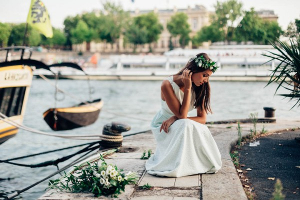 Parisian-Elopement-Inspiration-on-the-Seine-River-Pierre-Atelier-Paris-042