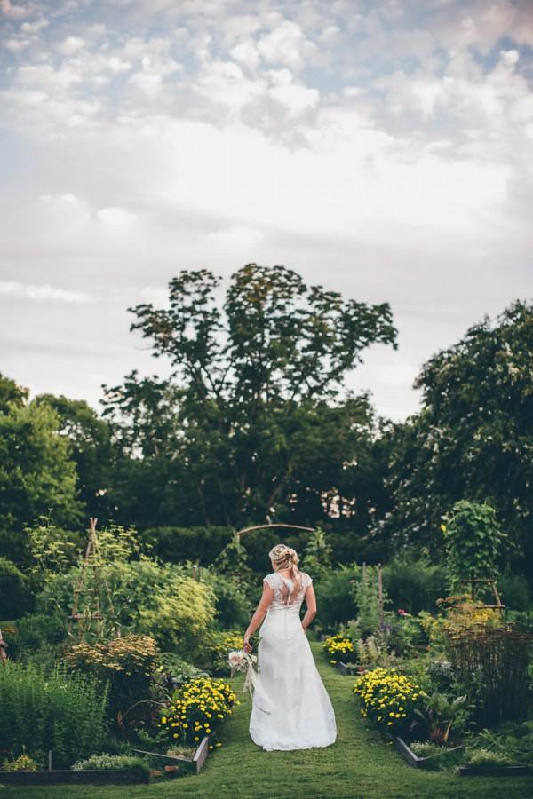 Pastel-Garden-Bridal-Inspiration-at-Tuckahoe-Plantation-Imani-Fine-Art-Photography-0002