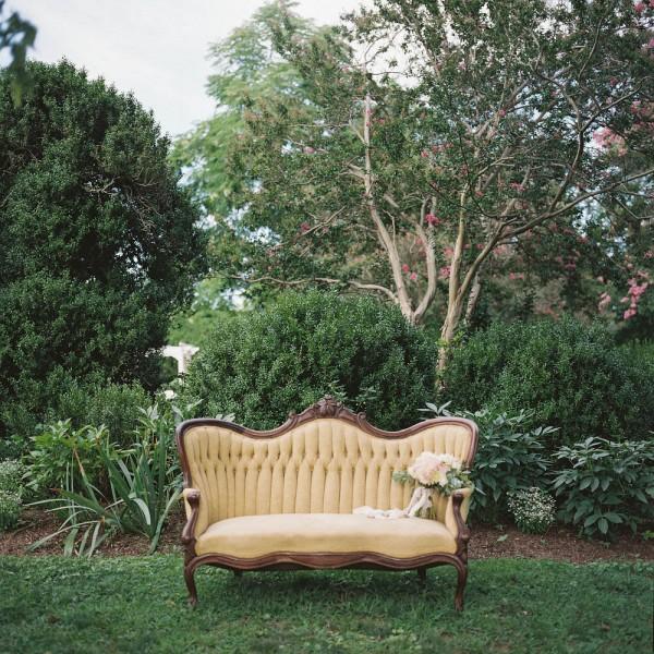 Pastel-Garden-Bridal-Inspiration-at-Tuckahoe-Plantation-Imani-Fine-Art-Photography-054