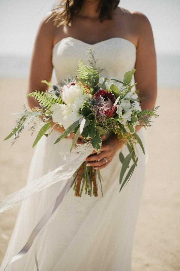 Wedding Dress For   Southampton : Rustic seaside wedding at southampton beach junebug weddings
