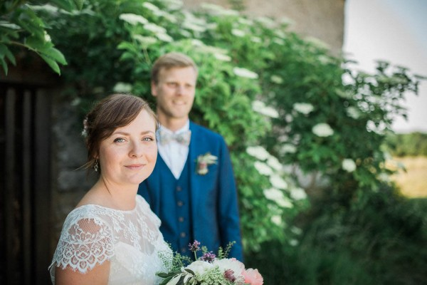 Rustic-Swedish-Wedding-at-Bläse-Kalkbruksmuseum (12 of 27)