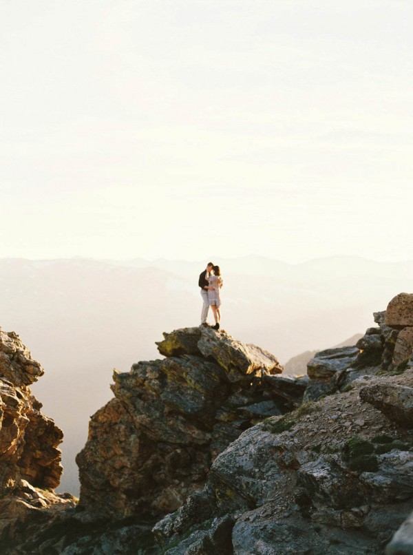 Thrilling-Rocky-Mountain-National-Park-Engagement-Photos-Boris-Zaretsky-Photography-19