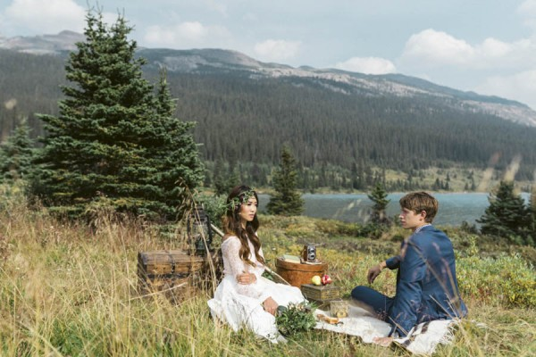 Bohemian-Banff-Wedding-Inspiration-Kismet-and-Clover-31