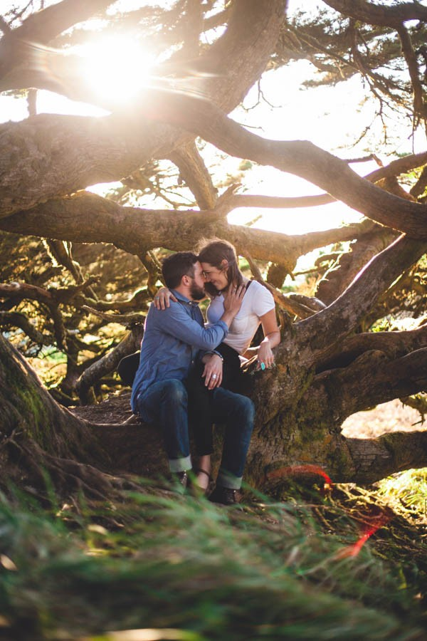Casual-California-Engagement-Photos-at-Point-Reyes-Annamae-Photo-0016