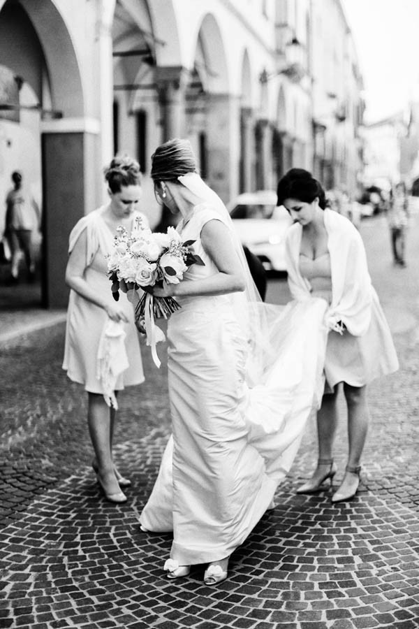 Classically-Italian-Wedding-at-Chiesa-di-San-Gaetano-Barbara-Zanon--5