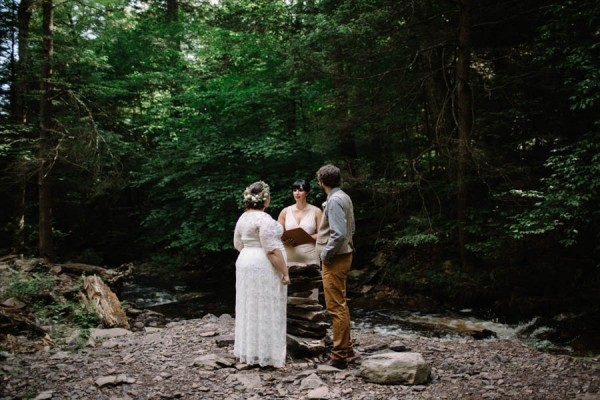 Earthy-Forest-Elopement-at-Ricketts-Glen-State-Park-With-Love-and-Embers-11
