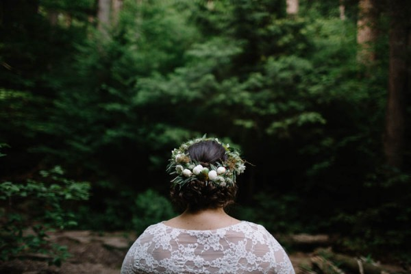 Earthy-Forest-Elopement-at-Ricketts-Glen-State-Park-With-Love-and-Embers-32