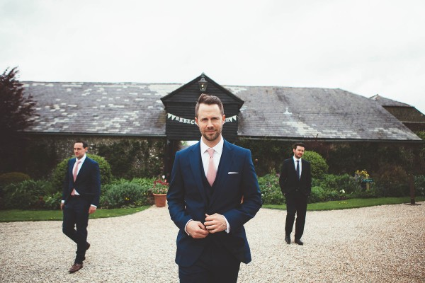 English-Country-Wedding-at-Upwaltham-Barns (4 of 32)