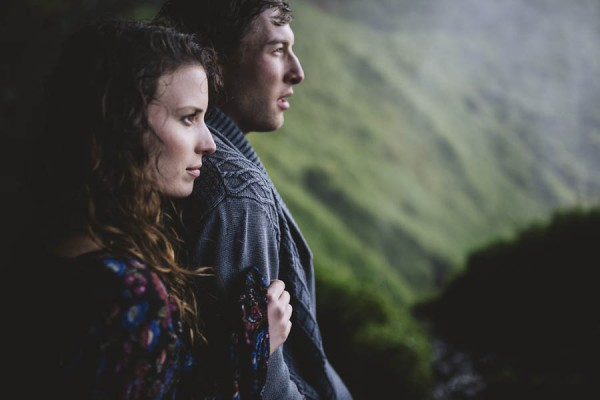 Intimate-Natural-Couple-Portraits-in-Iceland-Charis-Rowland-Photography-19