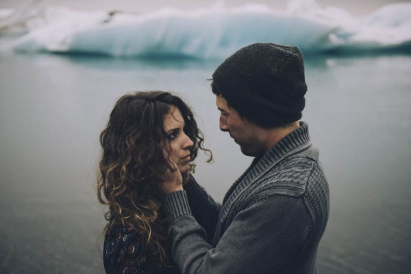 Intimate-Natural-Couple-Portraits-in-Iceland-Charis-Rowland-Photography-361