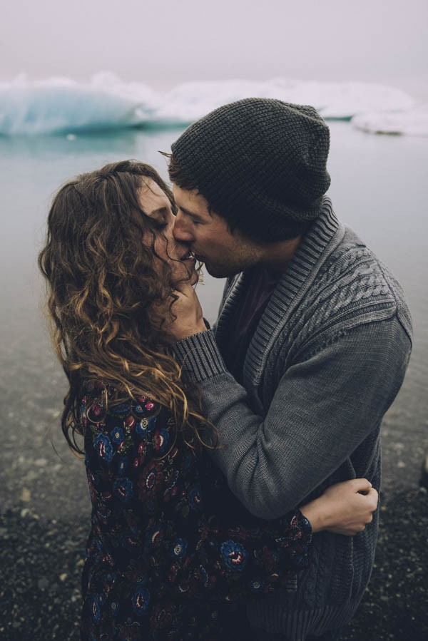 Intimate-Natural-Couple-Portraits-in-Iceland-Charis-Rowland-Photography-363
