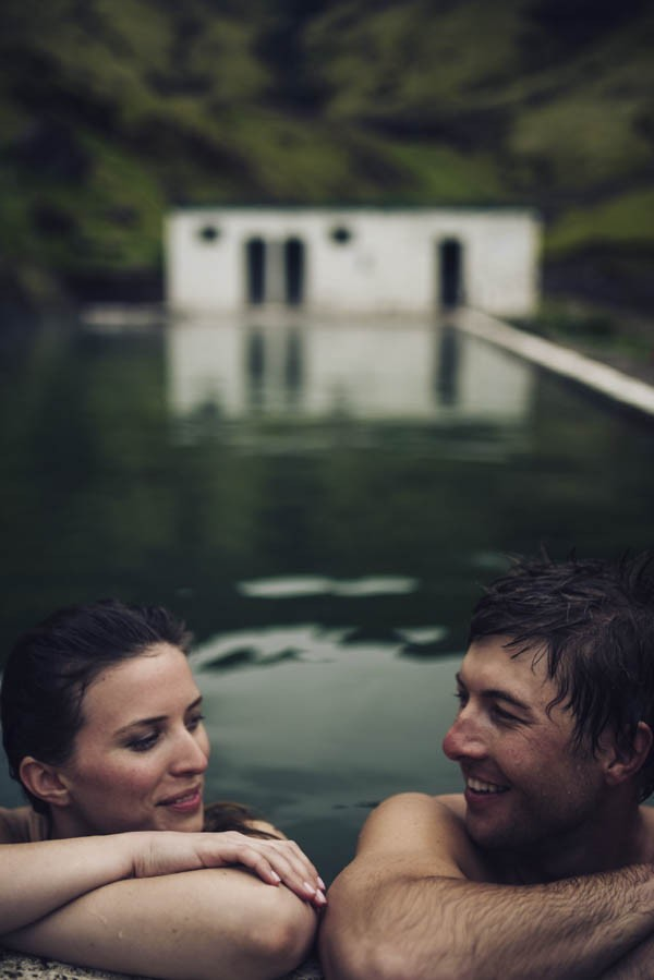 Intimate-Natural-Couple-Portraits-in-Iceland-Charis-Rowland-Photography-63