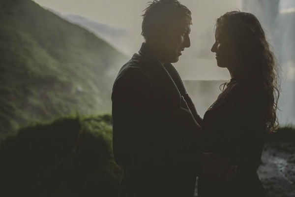 Intimate-Natural-Couple-Portraits-in-Iceland-Charis-Rowland-Photography-9
