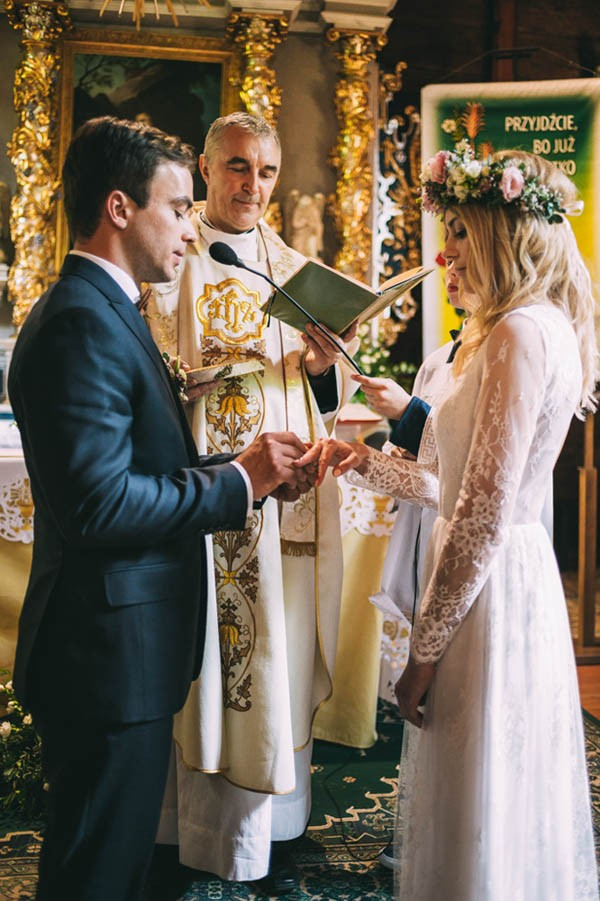 Nature-Inspired-Polish-Wedding-at-Gorzelnia-505-Slubnestudio-3965