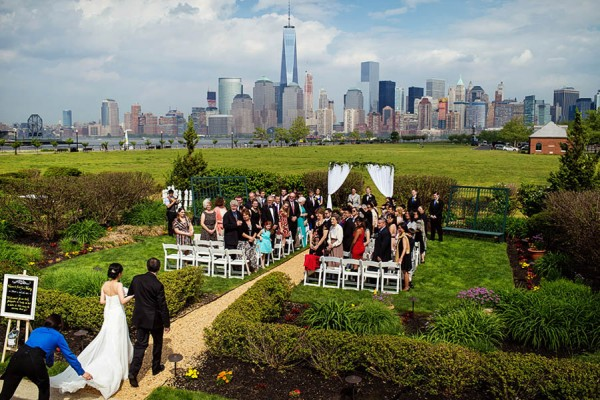 New-Jersey-Garden-Wedding-at-Liberty-House-Restaurant-Daniel-Moyer--9