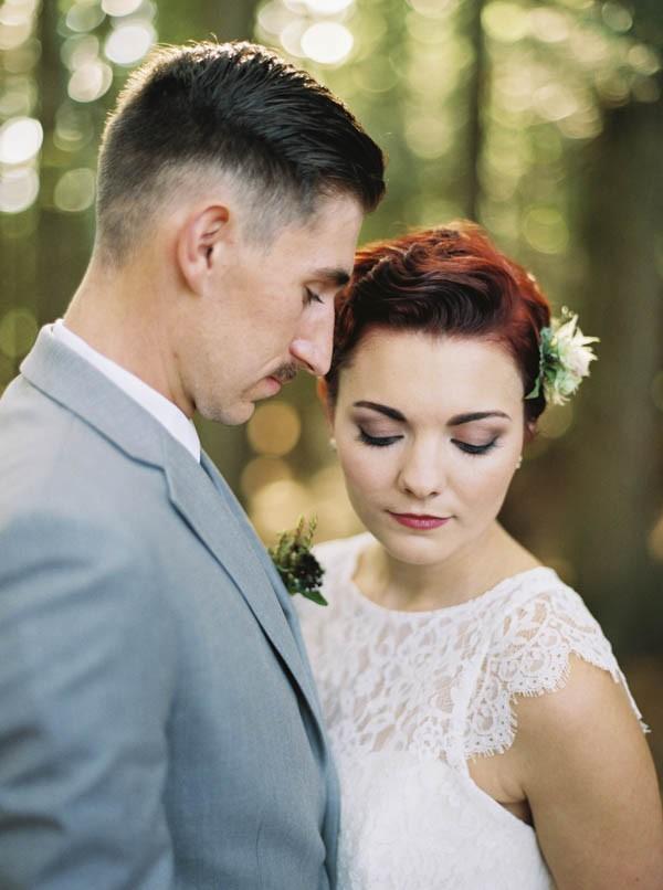 Pacific-Northwest-Wedding-Inspiration-at-Rattlesnake-Ledge-Sweet-Pea-Events-020