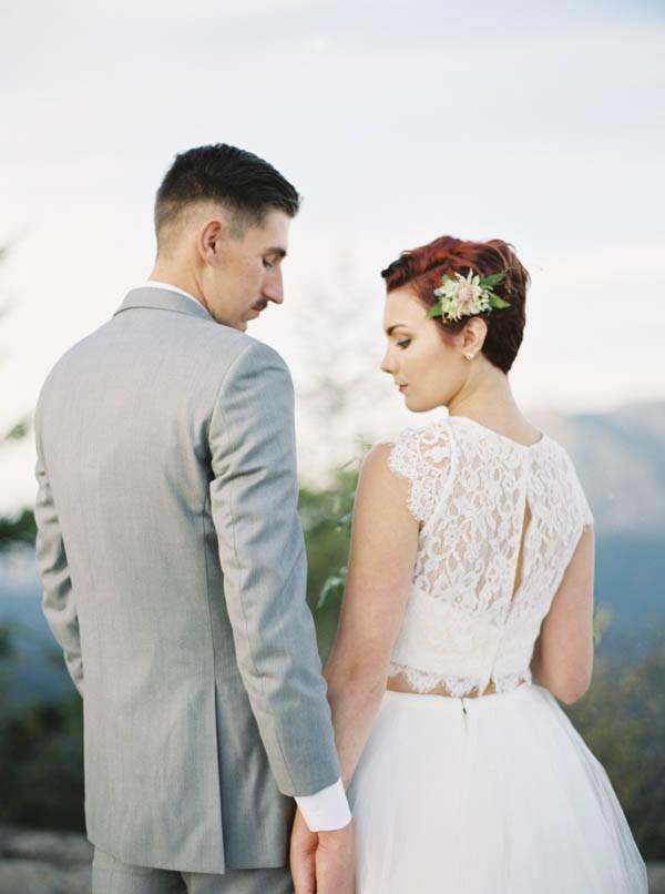 Pacific-Northwest-Wedding-Inspiration-at-Rattlesnake-Ledge-Sweet-Pea-Events-105