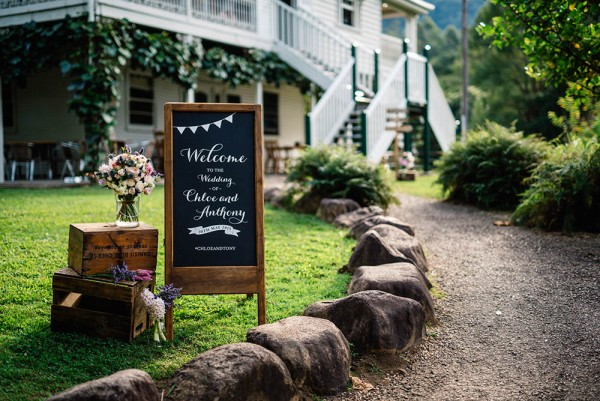 Romantic-Australian-Wedding-at-Mount-Warning (1 of 35)