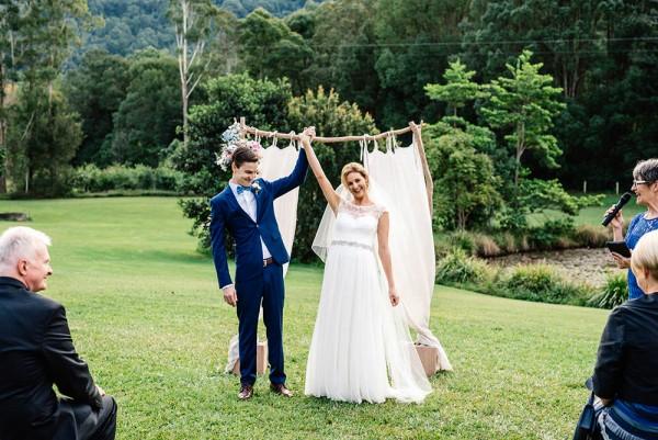 Romantic-Australian-Wedding-at-Mount-Warning (19 of 35)