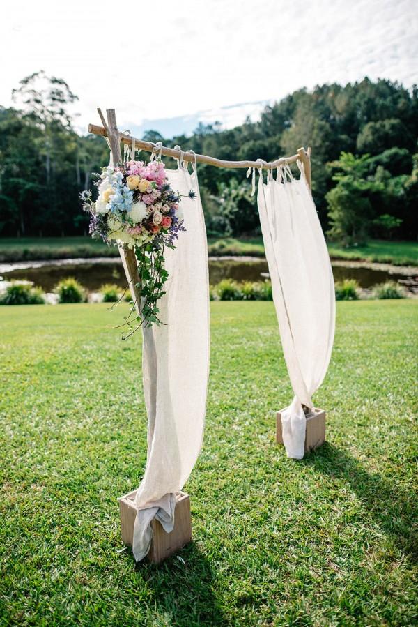 Romantic-Australian-Wedding-at-Mount-Warning (9 of 35)