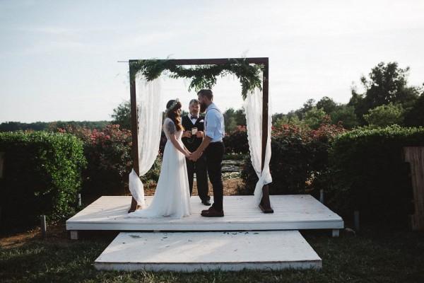 Rustic-Boho-Wedding-at-Merry-Hill-Farm (14 of 41)
