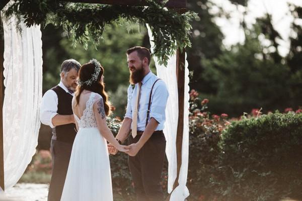 Rustic-Boho-Wedding-at-Merry-Hill-Farm (16 of 41)