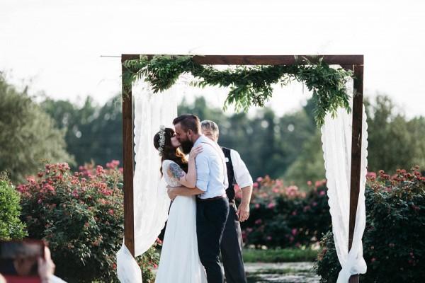Rustic-Boho-Wedding-at-Merry-Hill-Farm (17 of 41)