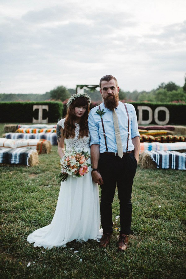 Rustic boho wedding at merry hill farm junebug weddings junglespirit Choice Image
