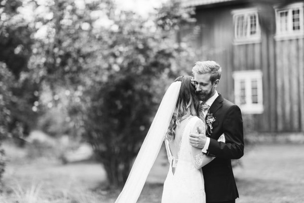 Rustic-Norwegian-Wedding-at-Follo-Museum (28 of 34)