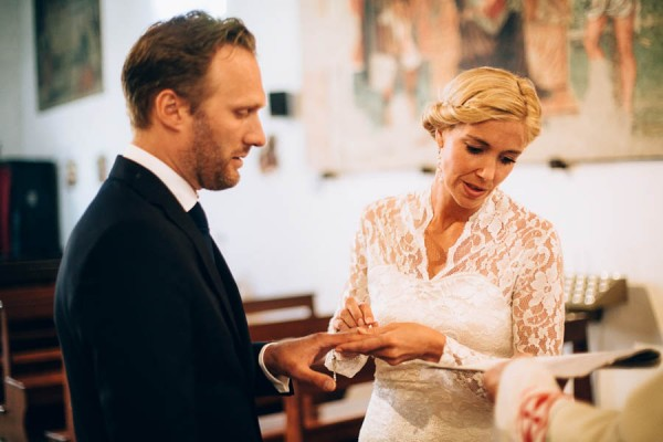 Surprise-Destination-Vow-Renewal-in-Baia-Vallugola-Italy-LaTo-Photography--13