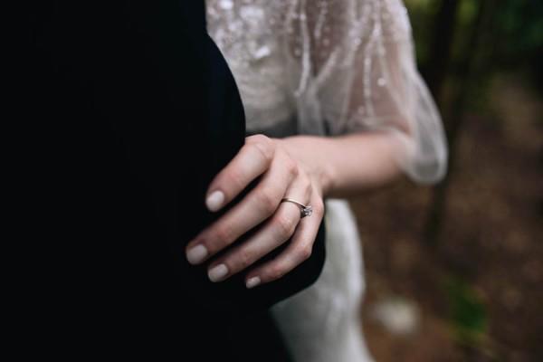 Traditional-Barn-Wedding-in-Norway-Damien-Milan-Photography--11