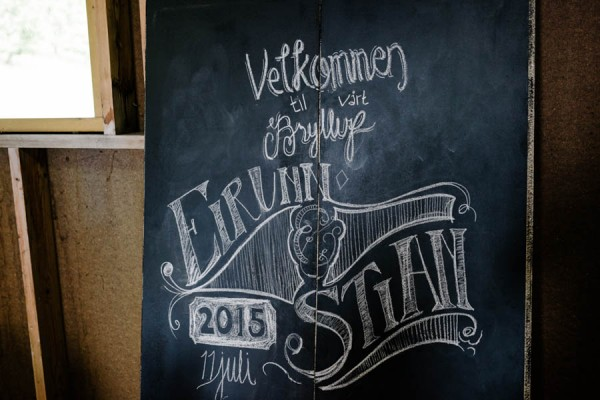 Traditional-Barn-Wedding-in-Norway-Damien-Milan-Photography--13