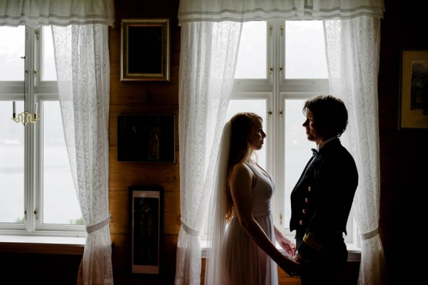 Traditional-Barn-Wedding-in-Norway-Damien-Milan-Photography--26