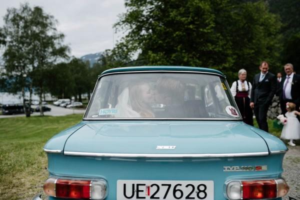 Traditional-Barn-Wedding-in-Norway-Damien-Milan-Photography--8
