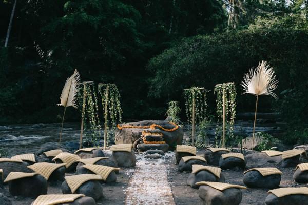 Tropical-Bali-Wedding-at-Bambu-Indah-Eric-Ronald-Photography-075