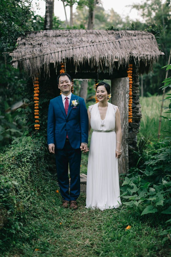 Tropical-Bali-Wedding-at-Bambu-Indah-Eric-Ronald-Photography-096